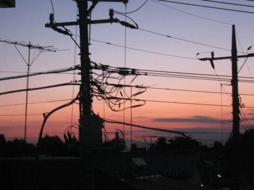 夕暮れの電柱.jpg